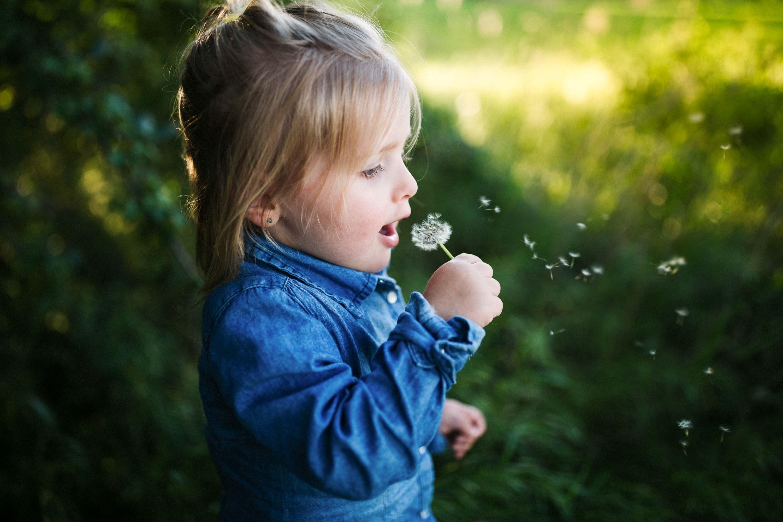 20-Matilda souffle sur fleur