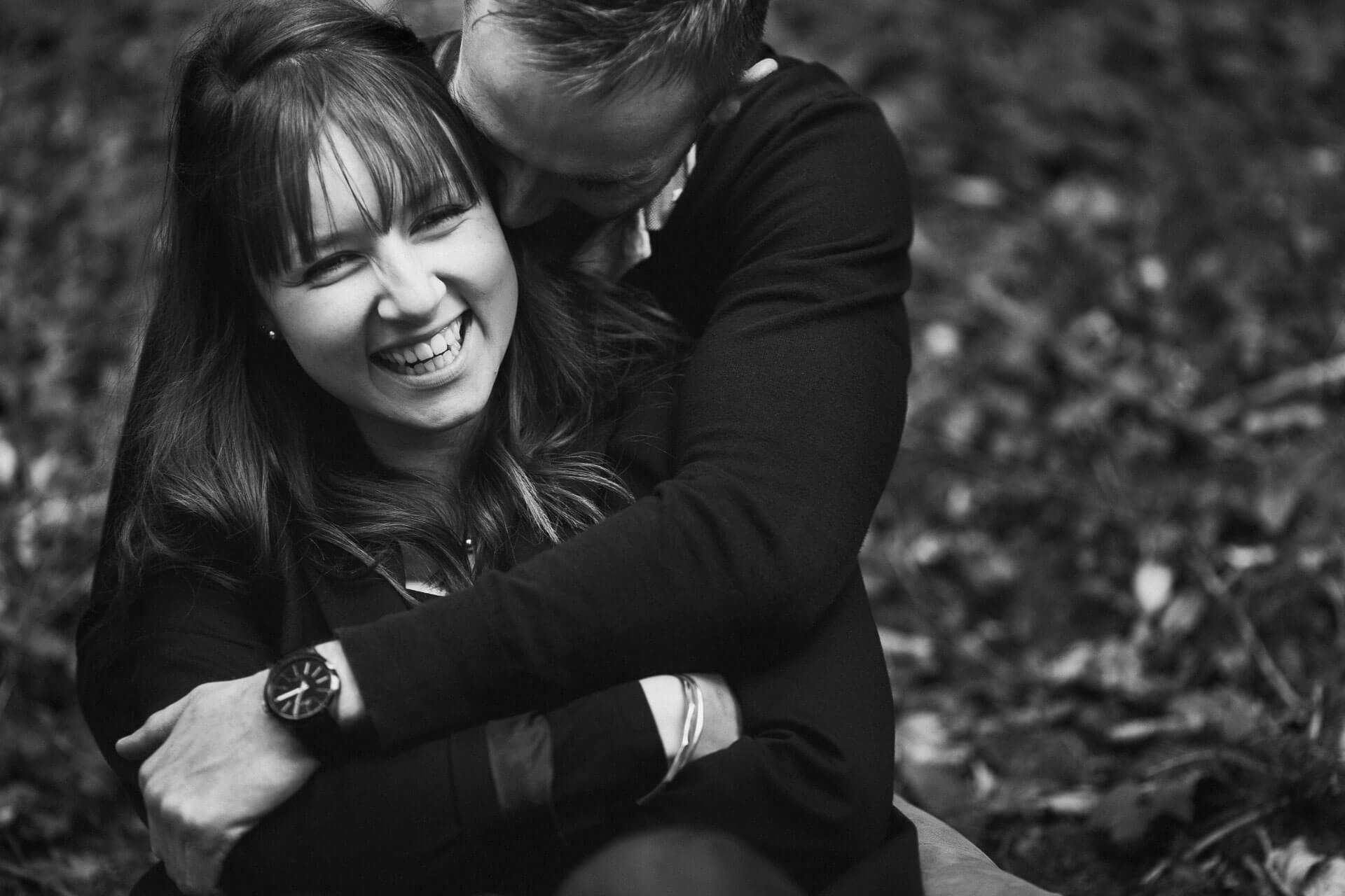 41 - Couple emotion