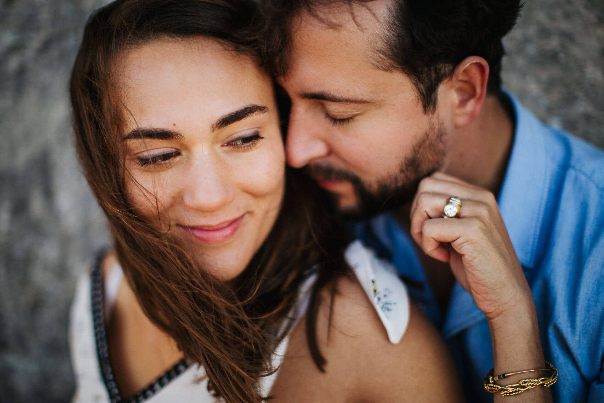 Photographe couple provence olivier nature spontané-12