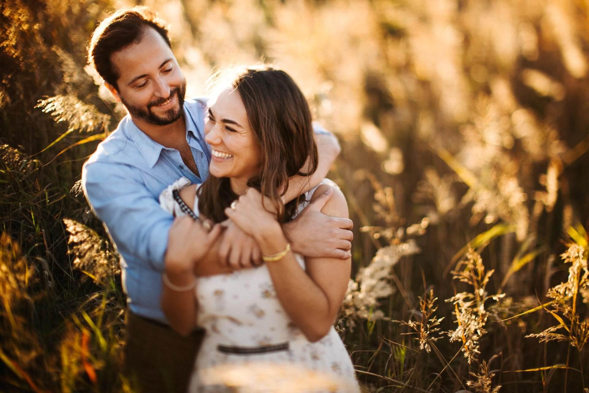 Photographe couple provence olivier nature spontané-16
